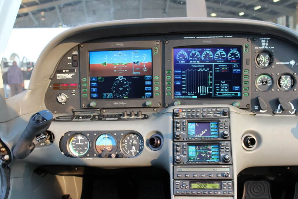 Install Avidyne PFD to an older 6 pack Instrument SR22 Cirrus.